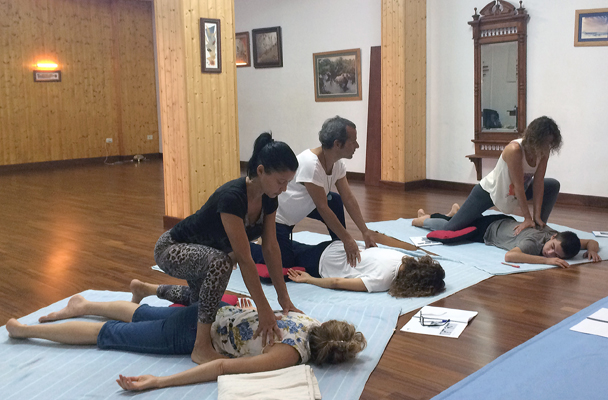 Massage thai-yoga courses in Tenerife